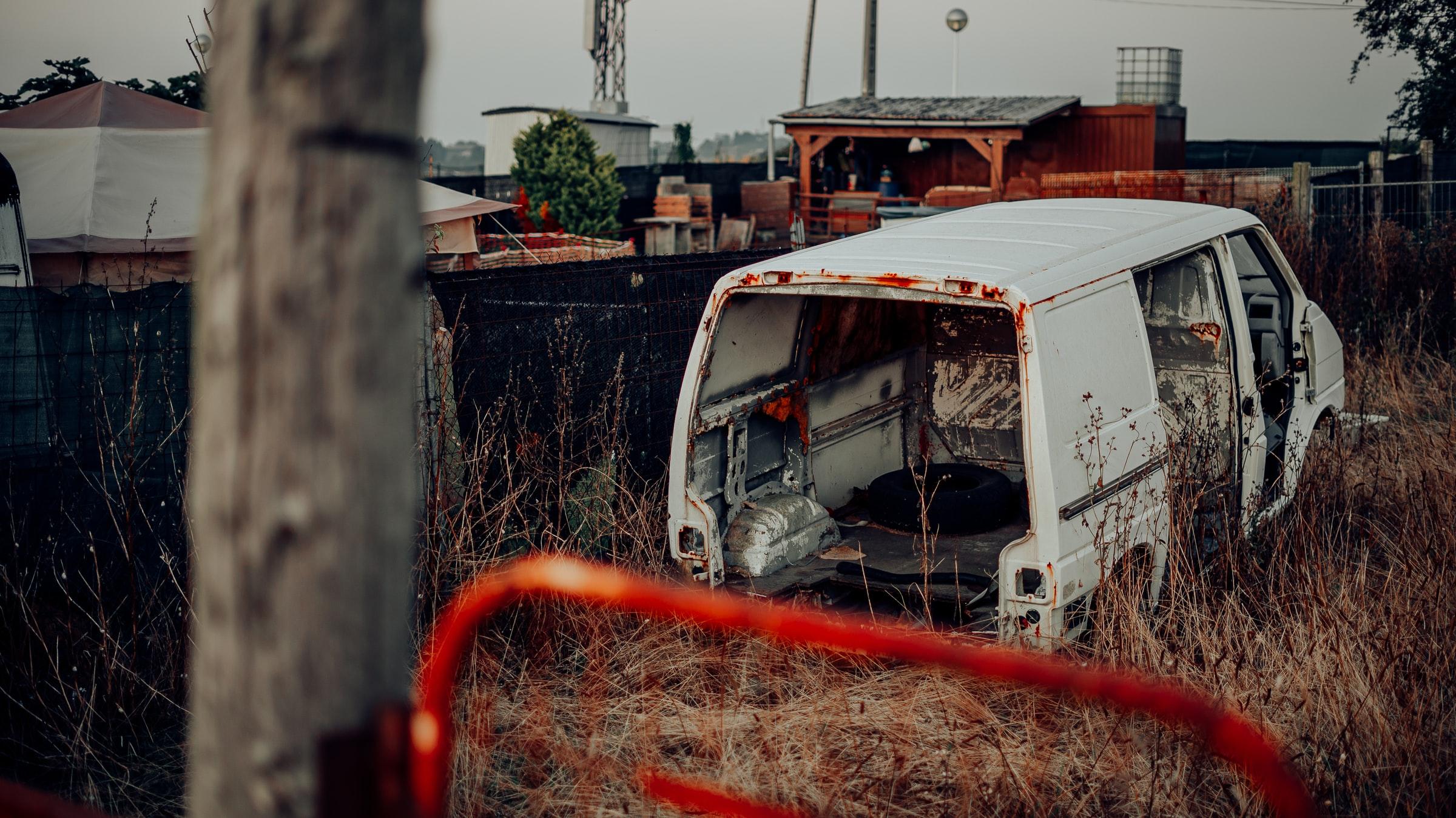 skrota-bilen-sodertalje-bilskrotproffsen