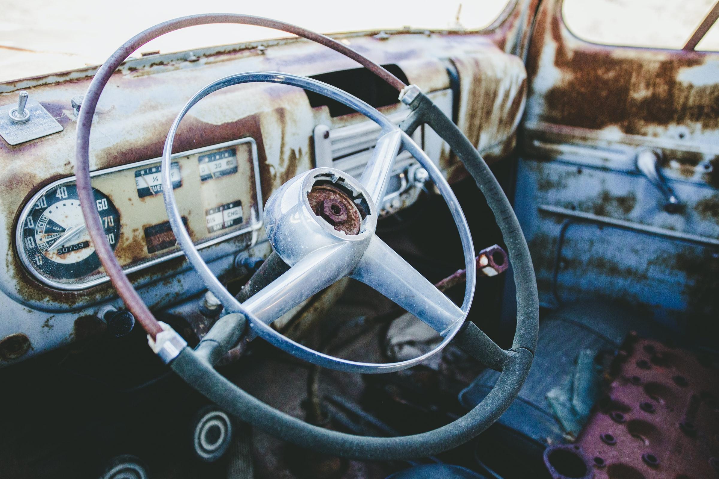 skrota-bilen-vasteras-bilskrotproffsen