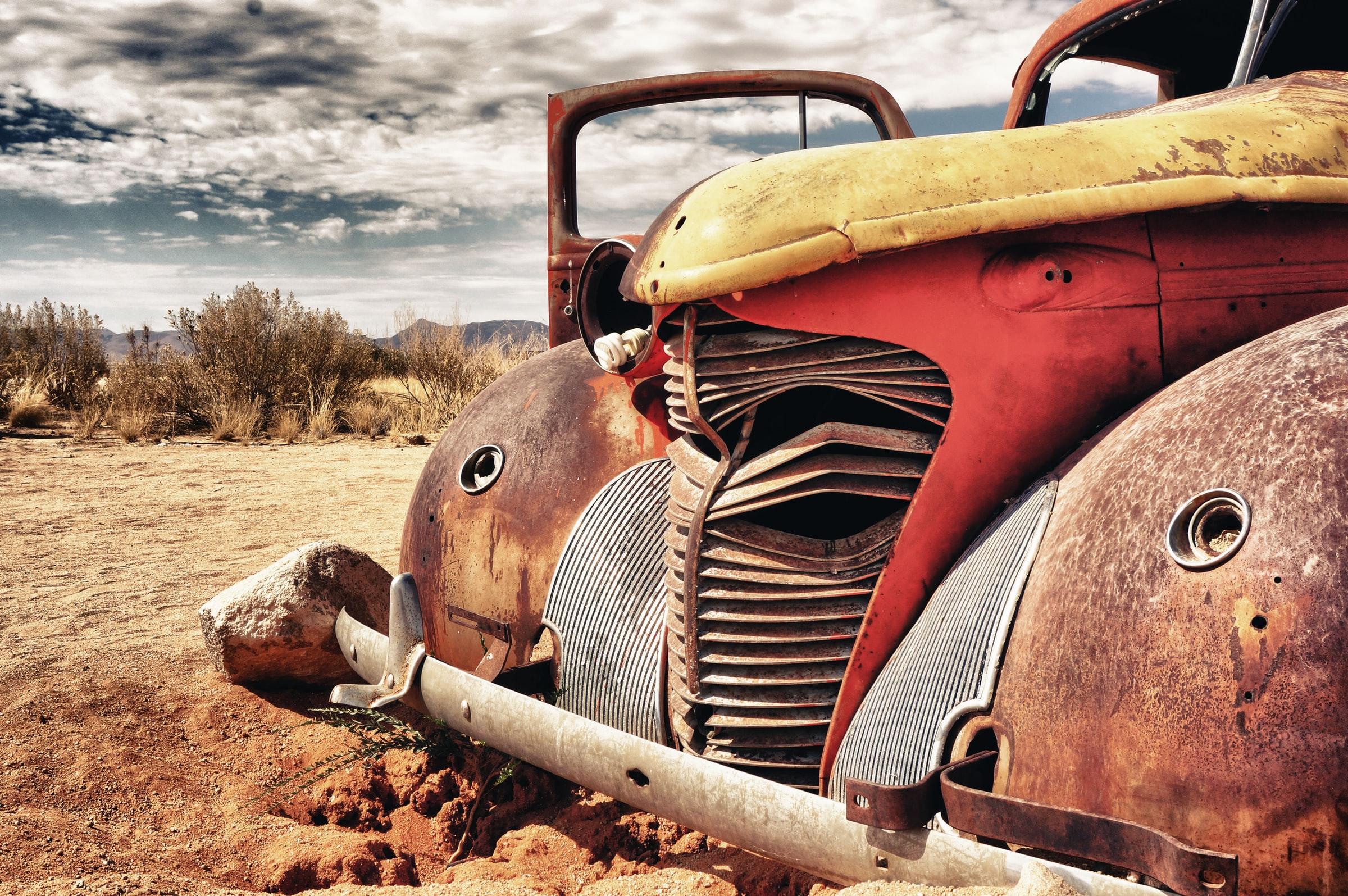 skrota-bilen-eskilstuna-bilskrotproffsen