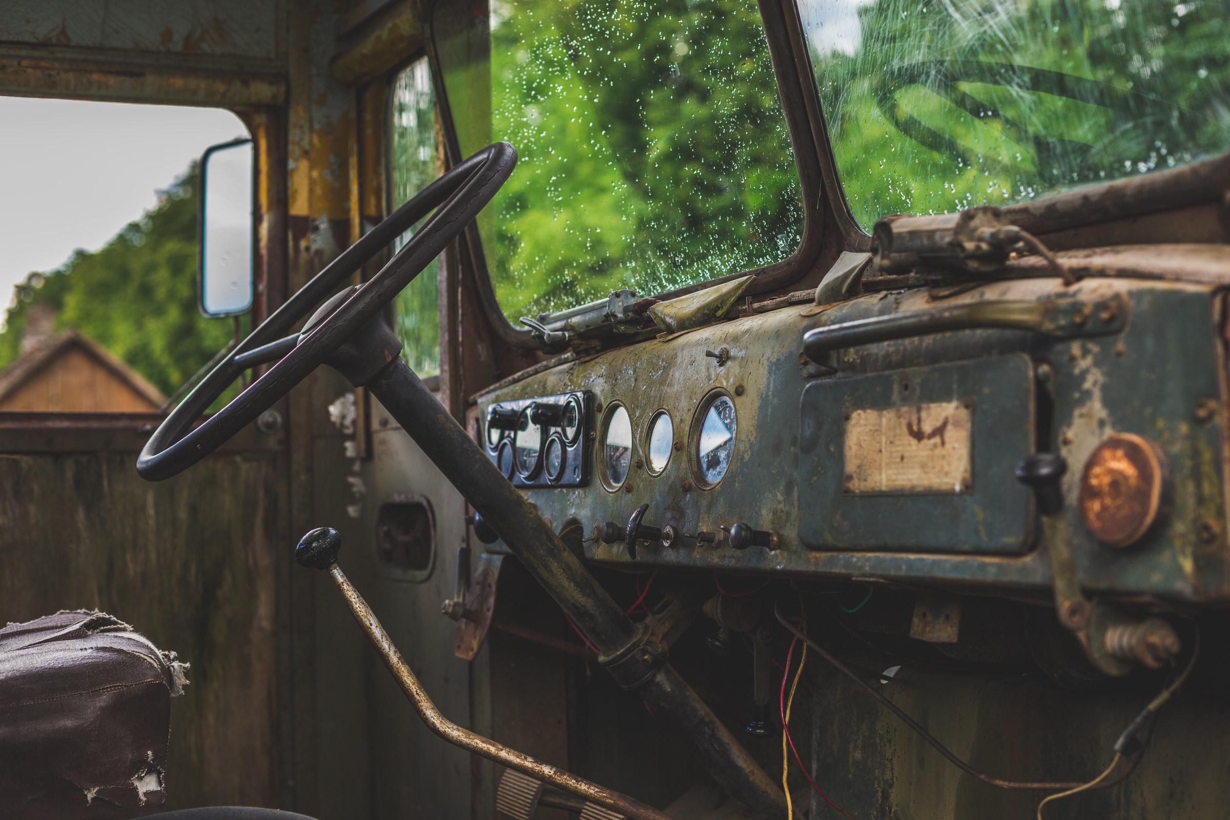skrota-bilen-stockholm-bilskrotproffsen